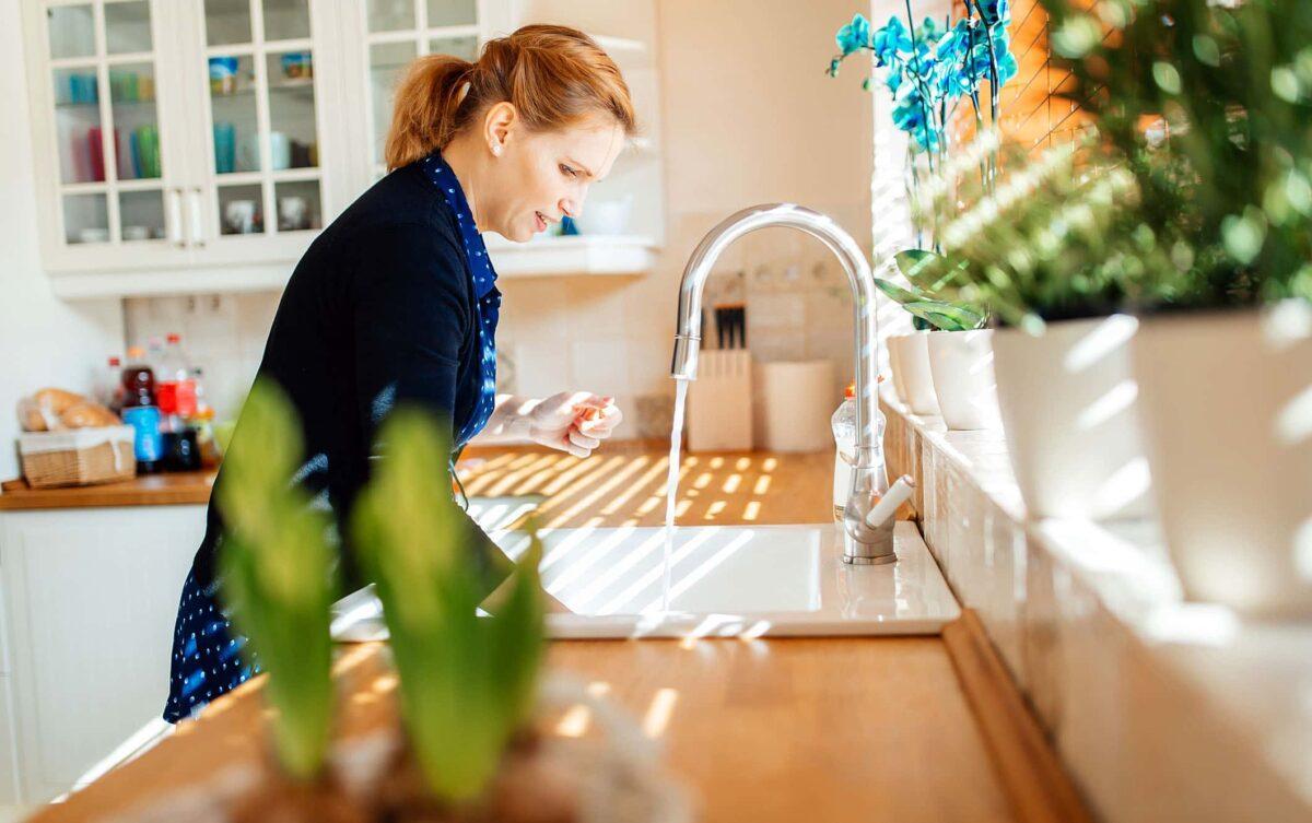 Hand wash vs Dishwasher