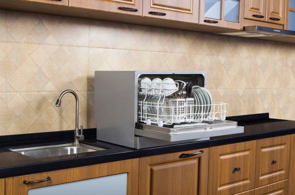 Table dishwasher